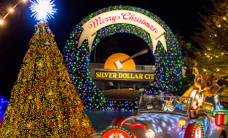 Christmas Theme Park.Enjoy An Old Time Christmas Celebration At Silver Dollar